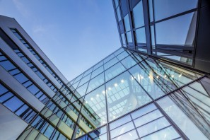 Modern-Office-Architecture,-Hamburg-HafenCity-University-000044071464_Large